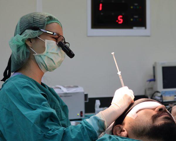 Hair Transplant: ปลูกผมเทคนิค FUT
